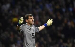 Goleiro Casillas não deve voltar ao futebol após sofrer infarto, afirma jornal