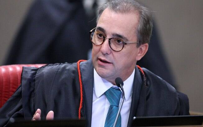 Ministro do TSE Admar Gonzaga foi acusado de violência doméstica contra sua esposa, Élida Souza Matos