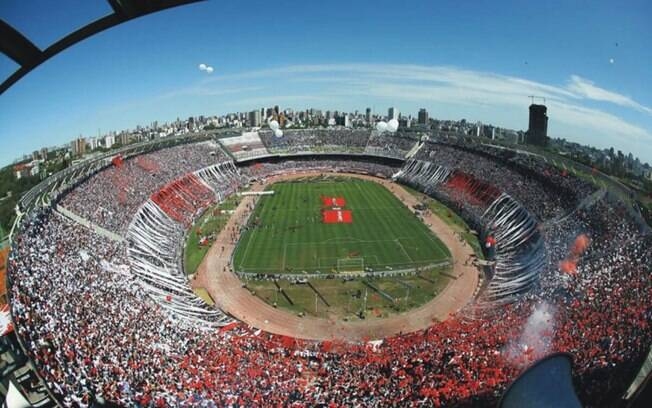 Monumental de Núñez é a casa do River Plate