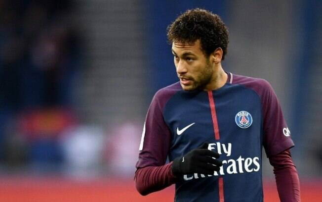 Atacante Neymar está no PSG, mas pretende voltar ao Barcelona, segundo o Mundo Deportivo