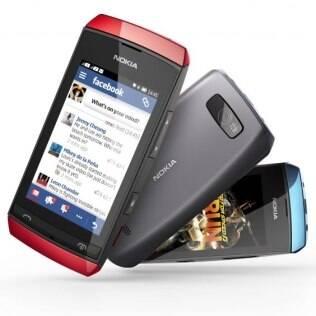 Asha 305 é um dos aparelhos de baixo custo anunciado pela Nokia