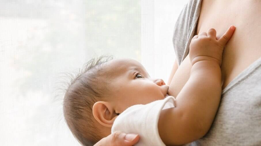 Leite humano é o mais completo alimento para recém-nascidos