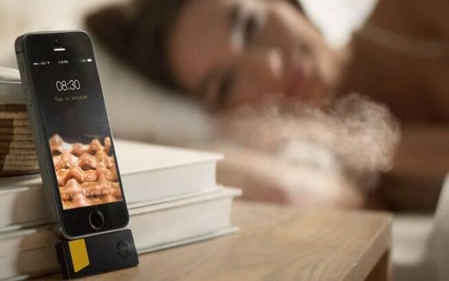 Dispositivo promete soltar cheiro de bacon quando o despertador do iPhone tocar