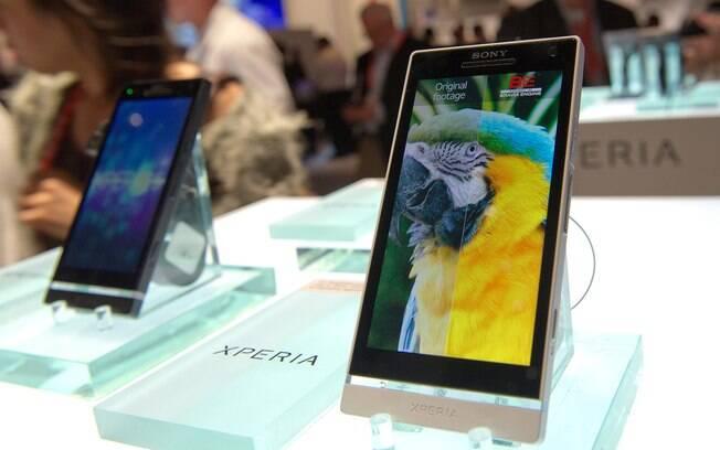 Xperia S, da Sony, é um dos smartphones que receberão atualização para Android 4.0