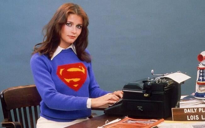 A atriz Margot Kidder foi eternizada como uma das melhores intérpretes da personagem Lois Lane. Ela também deu vida a personagem no longa-metragem original e suas sequências