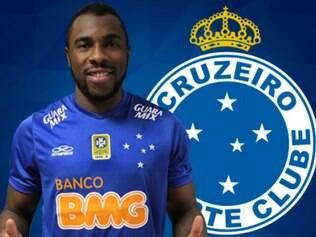 Manoel já posou para foto com a camisa do Cruzeiro