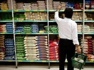 Pesquisa do Instituto Data Popular indica que 47% dos brasileiros da classe C estão comprando menos em supermercados