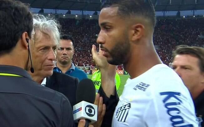 Jorge%2C lateral do Santos%2C disse que Jorge Jesus%2C técnico do Flamengo%2C deu tapa em sua cara