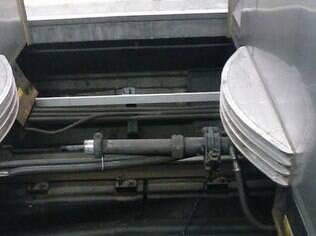 Imagem mostra falha em junção de vagões que levou trem a se dividir ao meio