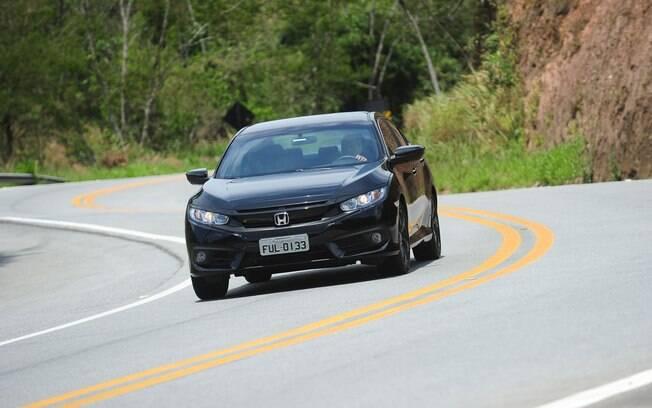 Tanto Corolla quanto Civic são carros eficientes, mas pelos números do Inmetro o Honda fica um pouco na frente do rival
