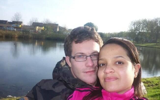 Thais na Holanda com seu atual marido