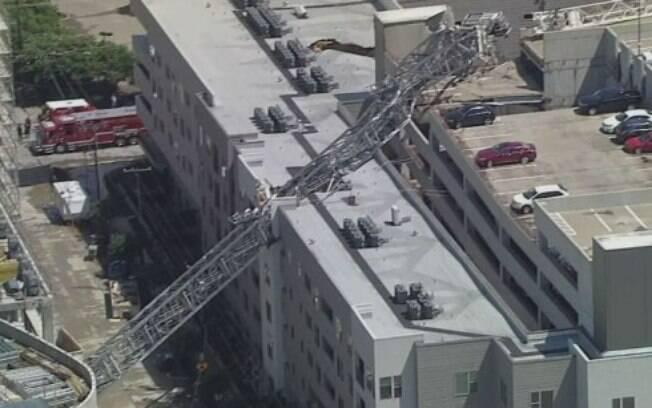 Análise inicial aponta que fortes ventos durante tempestade foram a causa do acidente