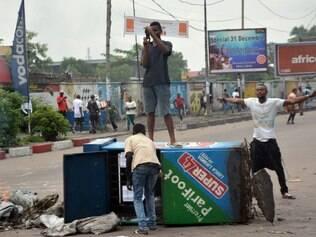 Manifestações contra o presidente em Kinshasa deixam mortos e feridos