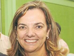 Regina recebeu salário de mais de R$ 47 mil em março