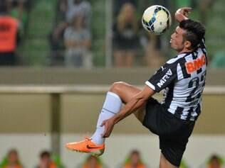 Jesús Alberto Dátolo / Nascimento: 19/05/1984 / 32 jogos na temporada / Gols: 4 / Passes certos: 1156 / Finalizações certas: 14 / Assistências: 12 / Cartões amarelos: 5 / Cartões vermelhos: 0