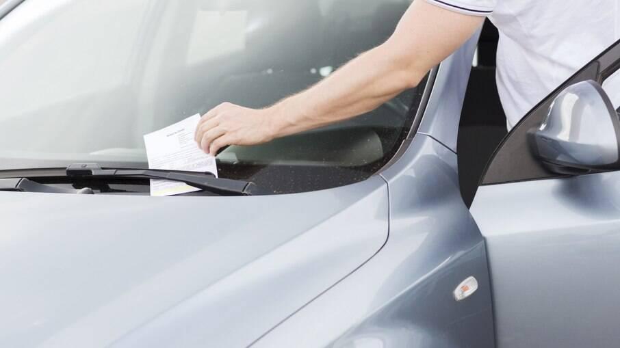 Levar carga de maneira irregular pode dar em multa de até R$ 293,47 e 7 pontos na Carteira Nacional de Habilitação