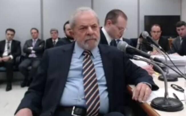 Sergio Moro reagendou para o dia 14 de novembro o depoimento do ex-presidente Lula no caso do sítio de Atibaia