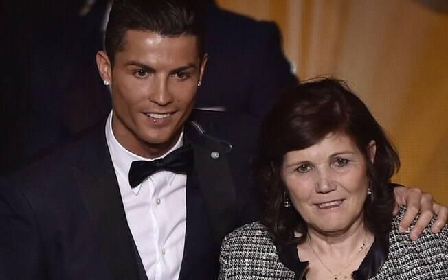Cristiano Ronaldo e a mãe, dona Dolores