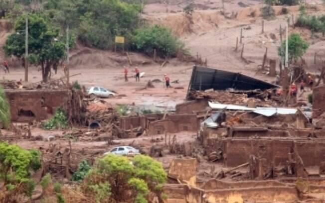 Relatório final do MP culpa obras pela tragédia de Mariana