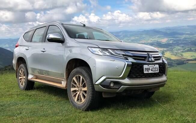 Mitsubishi Pajero Sport entrega tudo o que se espera para um SUV do seu porte e faixa de preço? Confira