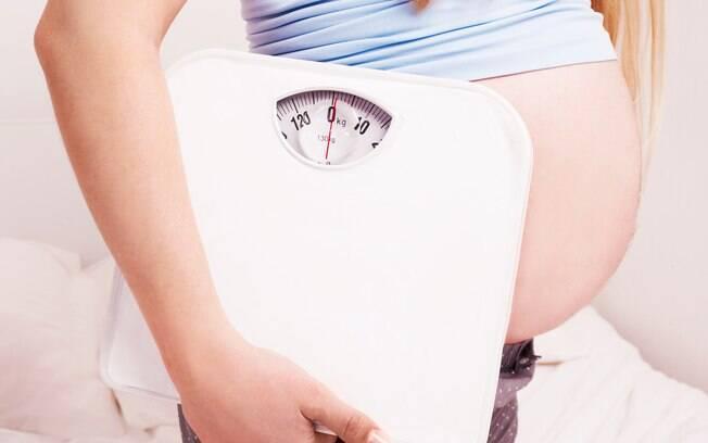 O ideal é engordar 10 quilos durante toda a gravidez, mas ficar abaixo ou passar um pouco disso não é tão preocupante
