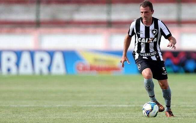Montillo chegou a anunciar aposentadoria, mas depois anunciou retorno ao futebol