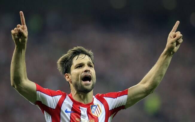 Diego - O meia brasileiro virou ídolo no  Atlético de Madri, mas o clube espanhol não o  comprou e ele teve que retornar ao Wolfsburg após  uma temporada
