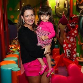 Fernanda Souza com a sobrinha Isabelle
