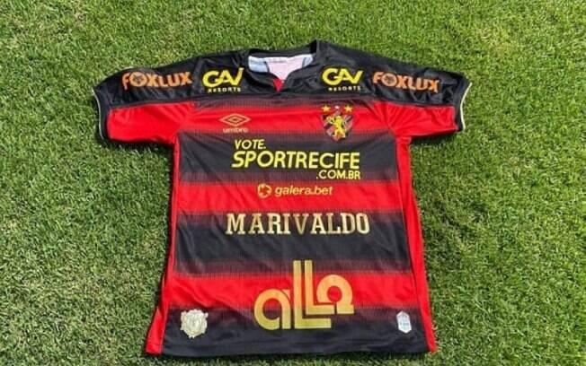 Sport esgota camisas homenageando torcedor que venceu prêmio FIFA
