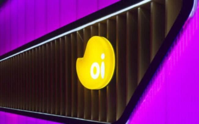 Oi (OIBR3 e OIBR4) anuncia captação de US$ 880 milhões em títulos de dívida para futuros investimentos