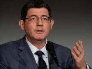 O ministro  Joaquim Levy, explica a empresários estrangeiros os ajustes que o governo tem feito na economia, com corte de gastos e aumentos de tributos