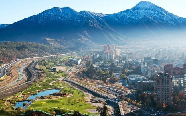 Santiago, Chile, é um dos locais mais procurados pelos turistas que visitam o país