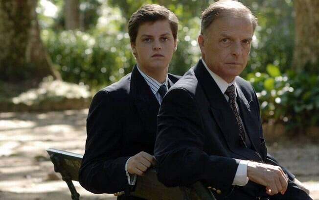 Dom Antônio (à direita), apontado como herdeiro da Família Imperial Brasileira, está hospitalizado com coronavírus