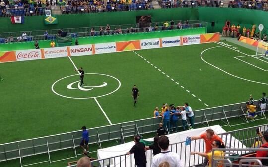 Brasil estreia com vitória no futebol de 5 - Olimpíadas - iG
