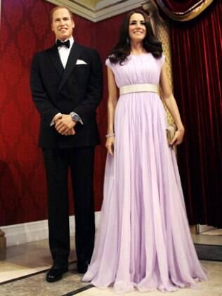 As réplicas de príncipe Harry e Kate Middleton ficaram na filial de Londres do museu