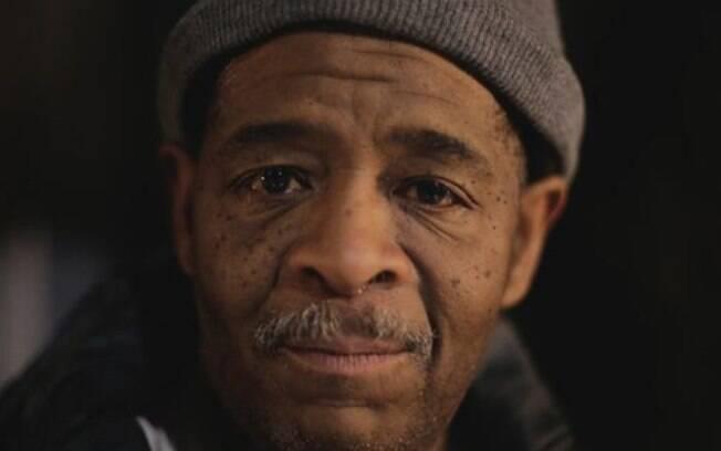 James Robertson ficou sem carro em 2005. Uma campanha arrecadou U$ 200 mil dólares para ajudá-lo