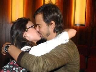 Paulinho Vilhena e Thaila Ayala confirma casamento