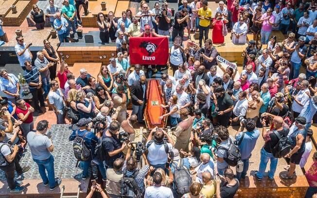 Lula não pôde comparecer ao velório do irmão Vavá