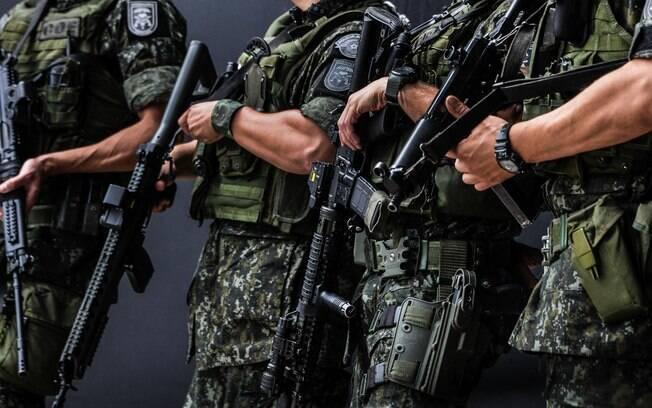 comandos e opera u00e7 u00f5es especiais coe apreende r  321 mil