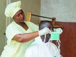 Ebola já matou mais de mil pessoas na África ocidental após o início do atual surto