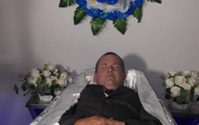 Agente funerário tenta vaga de Vereador em Catanduva