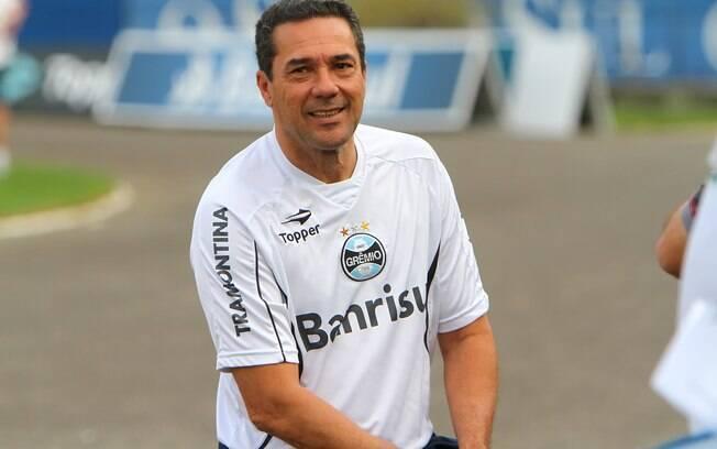Luxa confirmou Marcelo Moreno e Gilberto  Silva