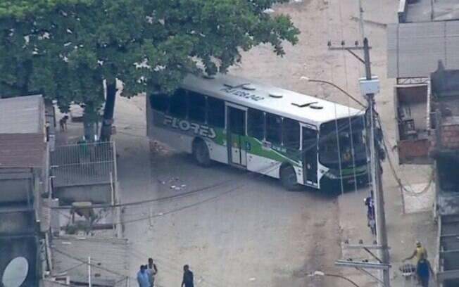 Motoristas denunciam leis próprias criadas por traficantes na Baixada Fluminense