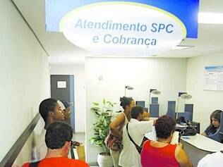 Consumidor brasileiro está com menor capacidade de pagar dívidas
