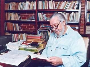 """Criação. Paulo César Pinheiro escreveu de canções como """"Refém da Solidão"""", além de ter lançado livros e produzidos espetáculos"""