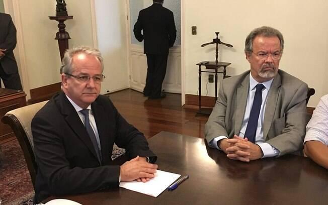 Ministro da Defesa, Raul Jungman, e o governador em exercício, César Colnago, anunciaram envio de 200 militares