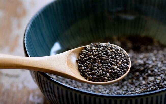 Nutricionista lista 6 benefícios da chia, que incluem combate à inflamação crônica e ao envelhecimento precoce