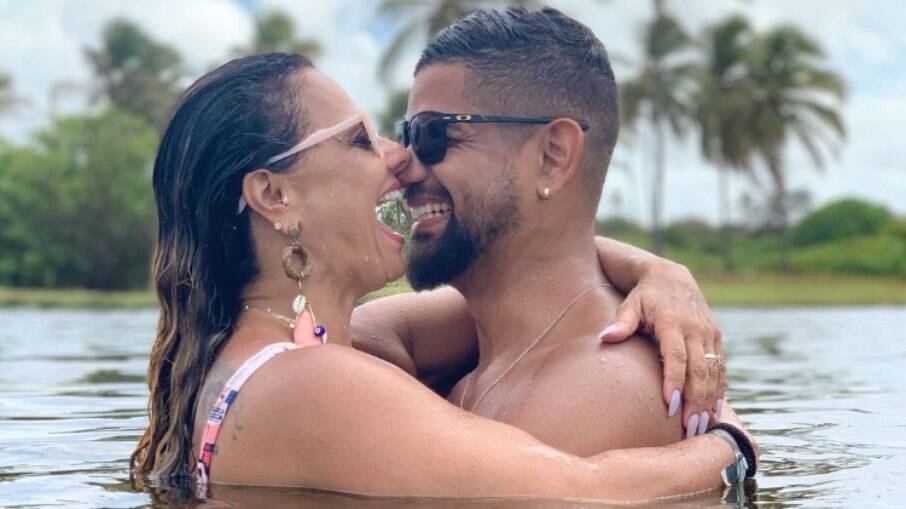 Viviane Araújo se casa com Guilherme Militão; veja detalhes