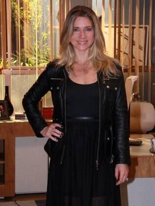 Letícia Spiller será uma ex-modelo que larga a carreira pelo marido