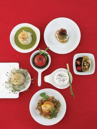 Jantar franco-americano: serviço tradicional para os pais, ilhas de degustação para os amigos